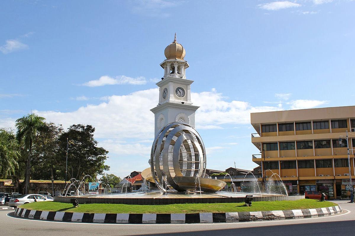维多利亚女王纪念钟楼
