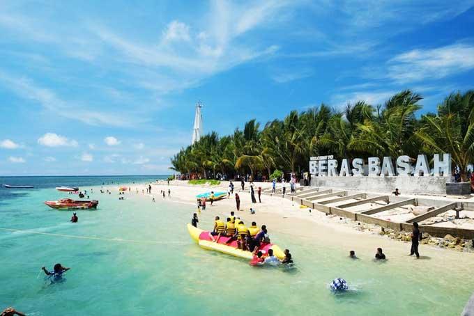 Pulau Beras Basah aka Wet Rice Island